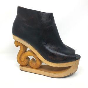 Jeffrey Campbell Skate Black Leather Wedges Size 8